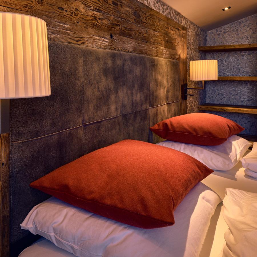 das hochgrat besonderes. Black Bedroom Furniture Sets. Home Design Ideas
